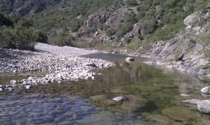 Piscina naturale lungo il fiume Stanali